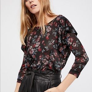 Free People Ruffle Floral Top Sz L NWT